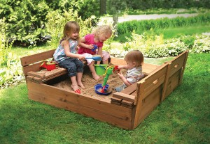 FabArtDIY-Sandbox-with-Cover3